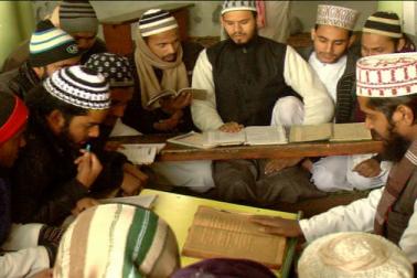 اترپردیش : بجنور اور آس پاس کے تقریبا 1800 مدارس اور مساجد پر سیکورٹی ایجنسیوں کی نظر