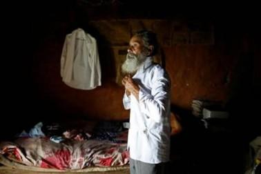 وہ کہتے ہیں کہ مرتے دم تک پڑھنا ہی ان کی خواہش ہے اور وہ باقی لوگوں کے لئے بھی ایک مثال قائم کرنا چاہتے ہیں ۔