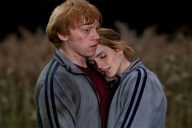 کامن فرینڈ: ایک ہی لڑکی پر دونوں دوستوں کا دل آجانا ، مگر نظر انداز کرتے ہوئے ایک دوسرے سے اس کے بارے میں معلومات حاصل کرنا۔