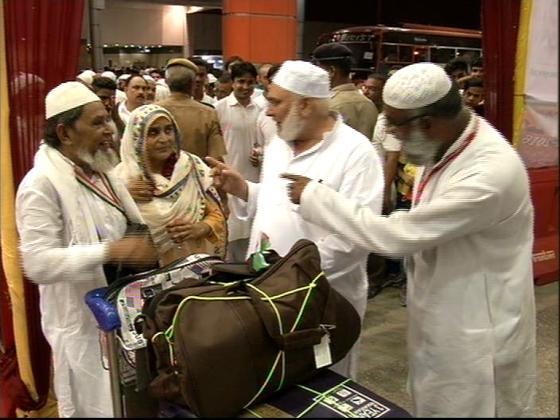 دہلی سے 24جولائی کو ہوگی عازمین حج کی پہلی فلائٹ ، 67520 سعودی ایئر لائن اور 57505 ایئر انڈیاسے کریں گے سفر
