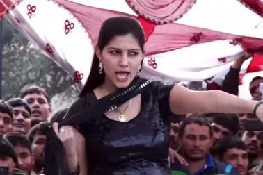 انکاونٹر کے بعد جوانوں نے کیا سپنا چودھری کے گانے پر ڈانس، دیکھیں ویڈیو
