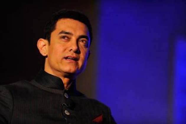 اداکار عامر خان نے افسوس ظاہر کرتے ہوئے لکھا کہ ہندوستانی سنیما کے ایک بہترین آرٹسٹ کو ہم نے کھو دیا۔
