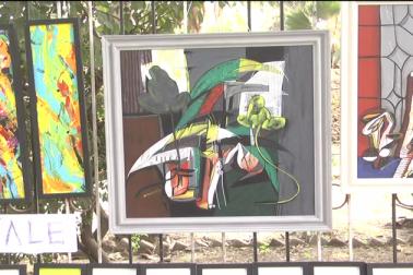 اس عوامی نمائش میں گلبرگہ کے علاوہ حیدرآباد اور کرناٹک کے مختلف اضلاع سے آئے فنکاروں نے حصہ لیا ۔