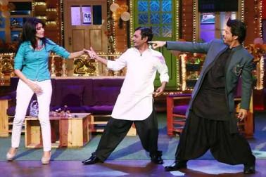شاہ رخ کے ساتھ نوازالدین بھی الگ ہی انداز میں نظر آئے۔
