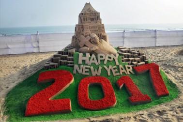 اوڈیشہ کے ساحل پر نئے سال کا استقبال ۔