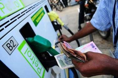 تیل کی قیمتوں نے پھر چھوا آسمان،مسلسل پٹرول۔ڈیزل کی قمیتوں میں اضافہ