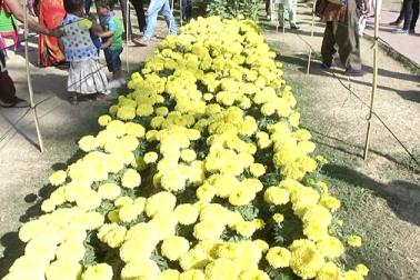 واضح رہے کہ تقریباً دس سال قبل اس وقت کے گورنر سید سبط رضی کے زمانہ میں اس روایت کی شروعات کی گئی تھی ۔ تب سے عوام کے لئے گورنر ہاؤس کے باغوں کے دیدار کی یہ روایت برقرار ہے۔