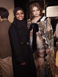 حلیمہ کا کہنا ہے کہ رفیوجی کیمپ میں رہنے کی وجہ سے میں وہاں رہنے والی خواتین کا درد سمجھتی ہوں، میں ان کی مدد کرنا چاہتی ہوں۔