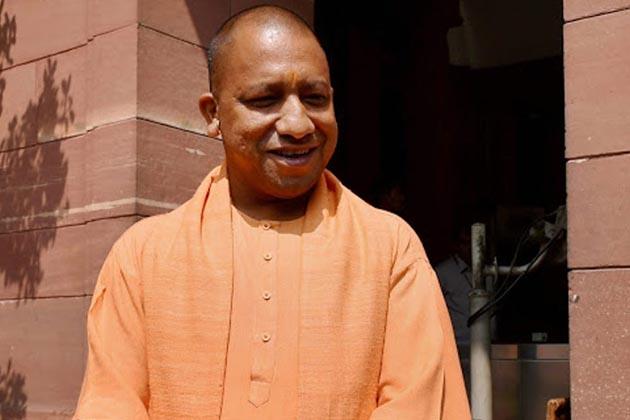 یوگی نے ہی ہندو یوا واہنی کا قیام کیا اور پوروانچل کے علاقے میں تبدیلی مذہب کے خلاف مہم چھیڑ دی۔ ہندوتو کی راہ پر چلتے ہوئے انہوں نے کئی بار متنازعہ بیان دئے۔
