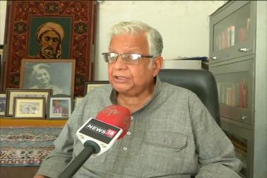 ڈاکٹر عمار رضوی نے یہ بھی کہا ہے کہ اس معاملے میں فورم کا وفد جلد ہی وزیر اعلیٰ سے ملکر انہیں مکمل حالات سے واقف کرائے گا ۔