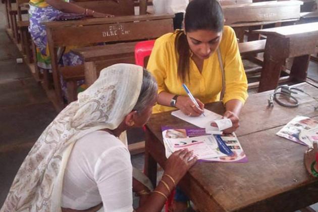 ڈاکٹرسیمہ کا تعلق بنگلورو کےایک تعلیم یافتہ اورخوشحال گھرانے سے ہے۔