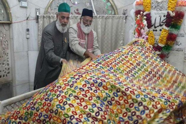 پاکستان میں لاپتہ ہوئے دو ہندوستانی سجادہ نشین وطن لوٹے