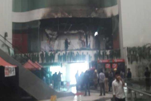دہلی : دوارکا میں واقع ہوٹل میں لگی آگ ، بال بال بچے مہندر سنگھ دھونی