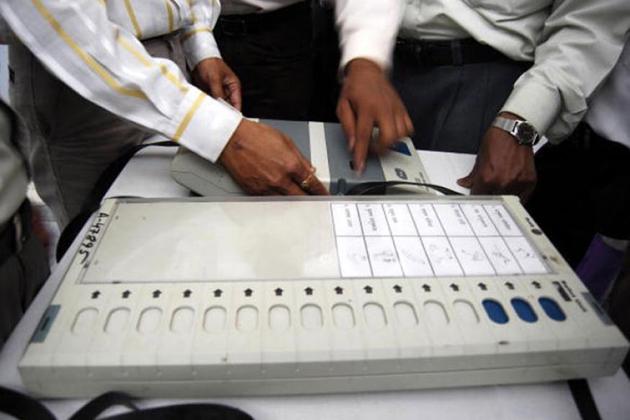 مدھیہ پردیش میں ای وی ایم میں گڑبڑی کا معاملہ: کانگریس، عآپ نے الیکشن کمیشن سے کی ملاقات