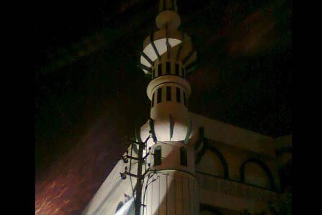 حیدرآباد : بیگم بازار میں مسجد کے امام مولانا عاصم پر حملہ ، چار افراد گرفتار
