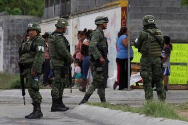 میکسیکو میں منشیات کا دھندا کرنے والے گروہوں کی فائرنگ میں 30 افراد ہلاک