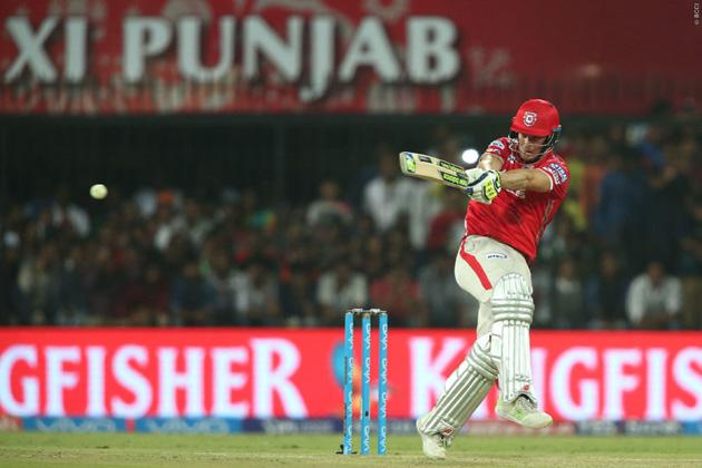 ملر نے اپنی اننگز میں 27 گیندیں کھیلیں اور دو چھکے اور ایک چوکا لگایا۔