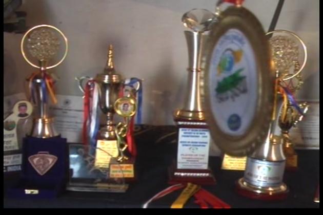 آج علی شان اسکول ایشیا کپ کھیل کر آیا ہے اور اس میچ میں علی شان نےدو گول کر کے اپنی ٹیم کو جیت دلائی ۔