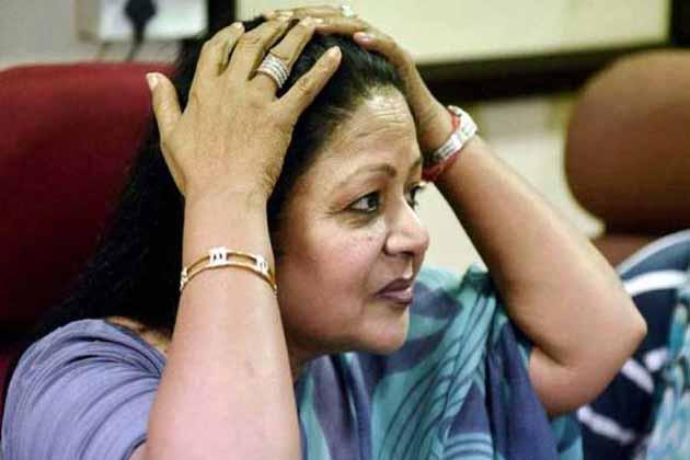 دہلی خواتین کانگریس صدر برکھا سنگھ نے دیا استعفی ، اجے ماکن پر لگایا سنگین الزام