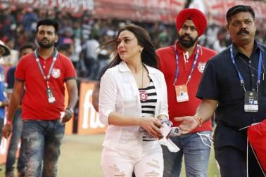 اس جیت میں پنجاب کے گیند بازوں کا بھی اہم کردار رہا، جنہوں نے پنے کو بڑا اسکور بنانے سے روک دیا۔