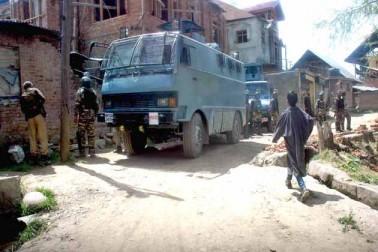 یہ ہلاکتیں مبینہ طور پر سیکورٹی فورسز کی جانب سے آزادی حامی مظاہرین کے خلاف بے تحاشہ طاقت کے استعمال کے سبب ہوئی تھیں۔