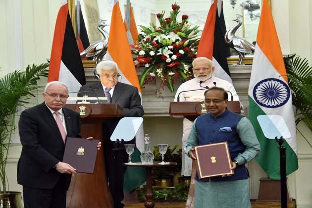اجلاس میں ہندوستان نے فلسطین کے ساتھ کھیل، زراعت، صحت اور انفارمیشن ٹیکنالوجی و الیکٹرانکس کے شعبوں میں تعاون بڑھانے اور دونوں فریقوں کے سفارتی اور سرکاری پاسپورٹ ہولڈروں کو ویزا کی چھوٹ دیئے جانے کے سلسلے میں پانچ مختلف معاہدوں پر دستخط کیے۔