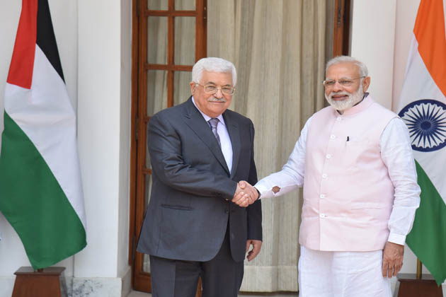 انہوں نے کہا کہ مسٹر محمود عباس کے ساتھ ان کی بات چیت میں مغربی ایشیا کے مسائل اور مغربی ایشیا میں امن و استحکام کے حالات پر تفصیلی تبادلہ خیال ہوا۔ ہم اس بات پر متفق ہوئے کہ مغربی ایشیا کے چیلنجوں کا حل سیاسی مذاکرات کے ذریعے اور پرامن طریقے سے ہو۔