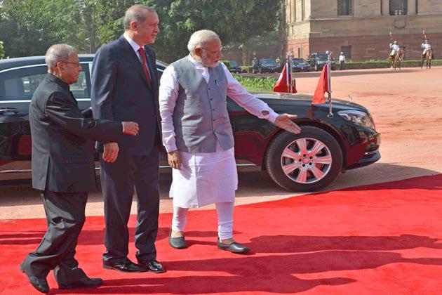 مسٹر اردغان نے ہندوستان کے ساتھ آزادانہ تجارت کے معاہدے پر بات چیت کا مطالبہ کرتے ہوئے  کہا کہ اگر ایسا ہو سکا تو دونوں ممالک کے تعلقات اور گہرے ہوں گے۔