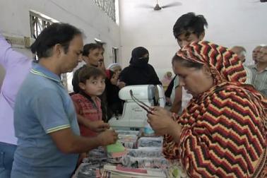 مبارک مہینہ رمضان کے آغاز سے پہلے احمد آباد میں میڈیکل کیمپ کا انعقاد
