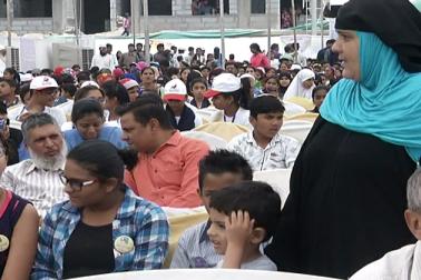 میگا ایجوکیشن فیسٹیول کے آرگنائزر آصف خان پٹھان نے کہا کہ ہماری توقع سے زیادہ لوگ دلچسپی دکھا رہے ہیں ، جس سے واضح ہوجاتا ہے کہ مسلم برادری کے لوگ بھی تعلیم کے ساتھ وابستہ ہوناچاہتے ہیں ، لیکن انہیں موقع نہیں دیا جارہا ہے۔