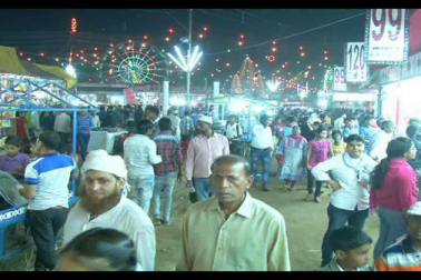 انتظامیہ کی عدم توجہی سے رسم ادائیگی تک محدود ہوئی میرٹھ کے قدیم نوچندی میلے کی پہچان