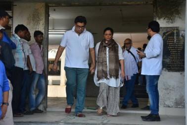 ریما لاگو مراٹھی اور ہندی فلموں اور تھیٹر کا ایک مشہور نام تو تھا ہی، وہ کئی سپر ہٹ سیرئیل کی شناخت رہی ہیں۔1994 میں ایک سیریل مسٹر۔مسز سے گھر گھر میں مقبول ہو گئی تھیں۔