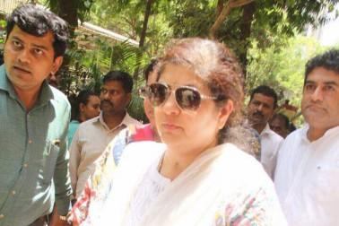 واضح رہے کہ ریما لاگو نے 30 سال کی عمر میں ہی منصور خان کی فلم 'قیامت سے قیامت تک' میں اداکاری کی ، جس میں انہوں نے جوہی چاولہ کی ماں کملاسنگھ کے کردار کو پردے پراداکیا۔