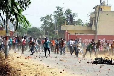 یوگی کے 100 دن کی مدت کار میں سہارنپور واقعات نے حکومت کو پریشان کیا