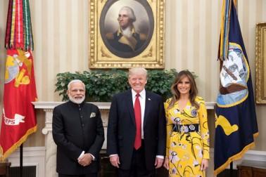 وزیراعظم نریندر مودی نے امریکہ کے صدر ڈونالڈ ٹرمپ کو ہندوستان آنے کی دعوت دی ہے، جسے انہوں نے تہہ دل سے قبول کرلیا اور وہ جلد ہی ہندوستان کے دورے پر جائیں گے۔