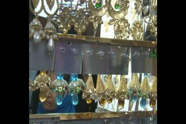 رمضان کے علاوہ شادی بیاہ کے مواقع پر بھی اس بازار سے خریداری ہوتی ہے مگر رمضان کی رونق کی بات ہی کچھ الگ ہے۔