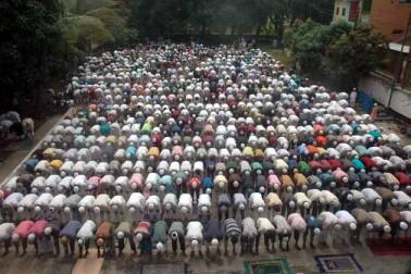 امپھال میں نماز عید الفطر کا ایک منظر