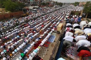 جے پور میں نماز عیدالفطر کا ایک منظر