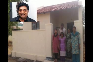معروف تلگو اداکارپرکاش راج نے غریب مسلم کنبہ کو مکان کی مرمت کراکردیا عید کا انوکھا تحفہ