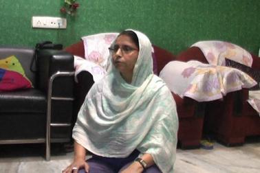 کانپور شہر کے شيام نگر علاقہ میں رہنے والی گیتا شرما ، جو ایک ہندو خاندان میں پیدا ہوئیں اوراب ایک شادی شدہ زندگی گزار رہی ہیں ،  ان کے شوہر پرمود شرما کے کئی مسلم خاندانوں سے بہتر تعلقات ہیں ،  جن  سے متاثر ہوکر گیتا شرما سال رواں رمضان ماہ روازہ رکھ رہی ہیں۔