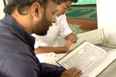 ماہ رمضان کی اہمیت محض روزے کے اہتمام سے منسوب نہیں ہے ، بلکہ اس مہینے میں کی جانے والی عبادتوں کا اجر و ثواب بھی عام مہینوں کی عبادتوں سے زیادہ سمجھا جاتا ہے اور ان مخصوص عبادتوں کے لیے کیا جانے والا اہتمام اسی ضرورت کا ایک حصہ ہے ۔