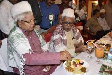 افطار پارٹی کے دوران آر جے ڈی سپریمو لالو پرساد یادو