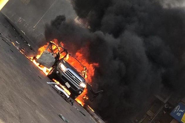 سعودی عرب کے مشرقی صوبے کے شہر القطیف میں بارود سے بھری ایک کار کو دھماکے سے اڑا دیا گیا ہے۔ العربیہ نیوز چینل کی رپورٹ کے مطابق جمعرات کے روز القطیف شہر میں ایک شاہراہ پر کار بم دھماکا ہوا ہے۔