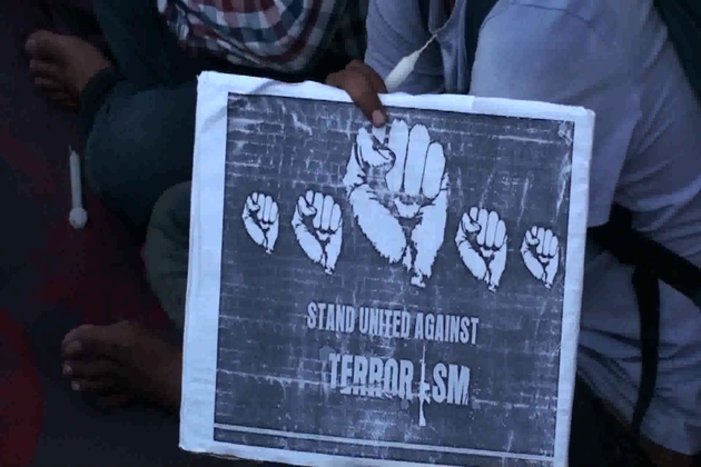 دہلی میں جماعت اسلامی ہند کے سکریٹری جنرل محمد سلیم انجینئر نے امرناتھ یاتریوں پر حملے کی پرزور مذمت کرتے ہوئے حکومت سے مطالبہ کیا کہ مجرموں کو تلاش کر کے سخت سے سخت سزا دی جائے۔ سیکورٹی انتظامات میں کہاں چوک ہوئی اس کی چانچ ہو۔