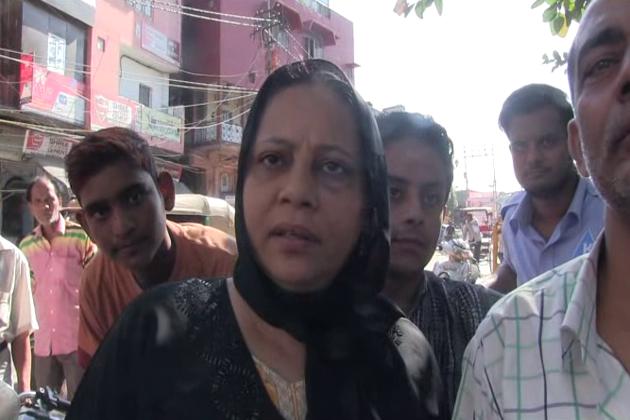 دہلی حکومت کے محکمہ تعلیم نے پرانی دہلی اردو میڈیم اسکولوں کے انضمام کے لیے گزشتہ دنوں ایک سرکلر جاری کر کے محبان اردو کے دلوں میں بے چینی پیدا کر دی ہے۔