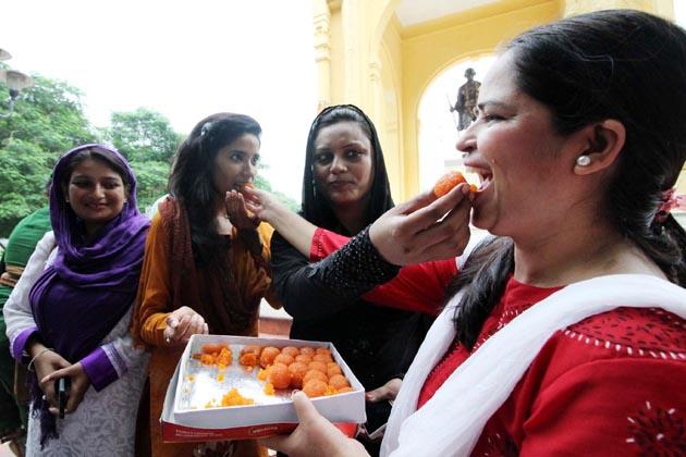 انہوں نے فیصلے کو تاریخی دن قرار دیتے ہوئے کہا کہ آج مسلم سماج کی خواتین کی جیت ہوئی ہے۔