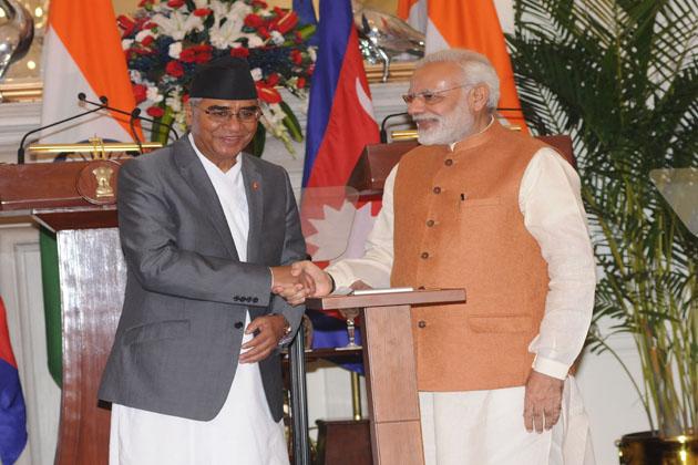 اس موقع پر، نیپال کے وزیر اعظم نے بھی مسٹر مودی کی قیادت اور نیپالی اور نیپالیوں کے شہریوں کے فلاحی منصوبے کے لئے کا شکریہ ادا کیا۔