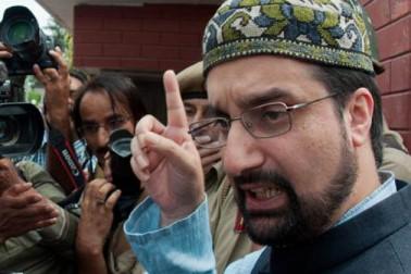 سری نگر: کشمیریوں کو جیلوں میں بھرنے سے مسئلہ حل نہیں ہوگا: میرواعظ عمر فاروق