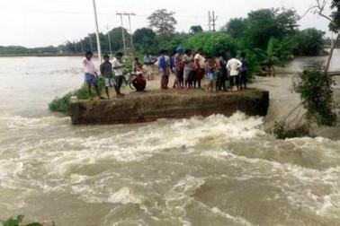 ممبئی کی مساجد میںمہاراشٹرمیں بارش اور بہار میںسیلاب سے بے حال باشندوںکیلئے خصوصی دعائیں