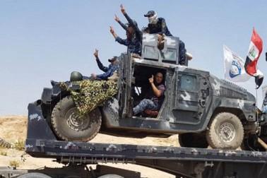 عراق : تلعفر پر قبضہ کیلئے فوجی کارروائی شروع ، وزیر اعظم نے کہا : خود سپردگی کرو یا مرنے کیلئے  تیار ہو جاؤ